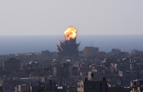 Минздрав Палестины: в результате ударов по сектору Газа погибли 126 человек, среди них дети и женщины