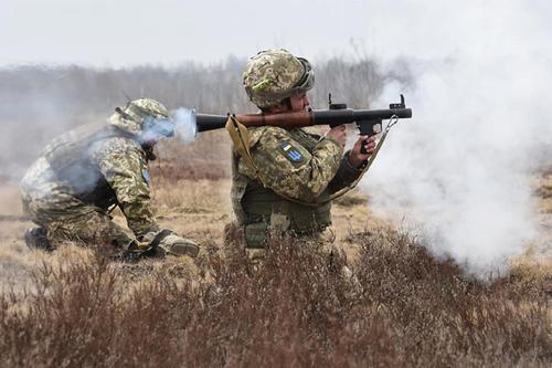 «Джокер ДНР»: украинские военные уничтожили позиции ВСУ с «правосеками» в Донбассе