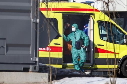 В Москве выявили более 20 тысяч зараженных COVID-19 за неделю впервые с января