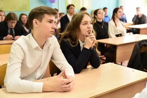Мнение: В Латвии у выпускников школ знания латышского языка ухудшаются