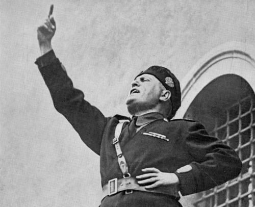 В начале прошлого столетия фашисты в Италии победили в основном благодаря силе Страха