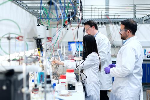 Военный микробиолог Супотницкий усомнился, что пандемия началась с Китая