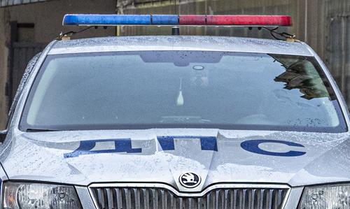 Автомобиль совершил наезд на пешеходов в Москве