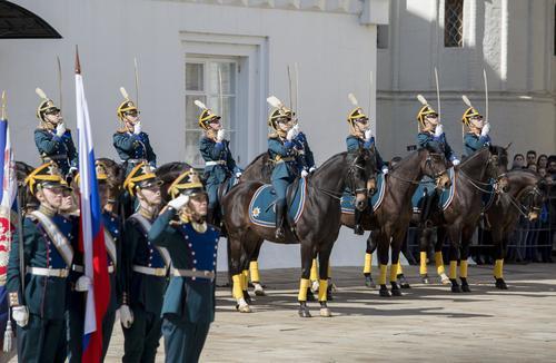 После пандемии  восстановили конный и пеший развод Кремлевского караула