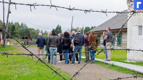ФСИН предлагает заменить трудовых мигрантов заключенными