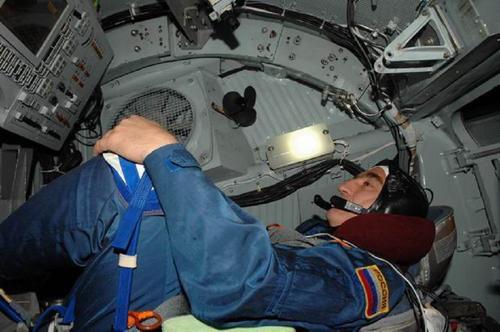 Пересильд и Шипенко со своими дублерами приступают к тренировкам перед полетом в космос