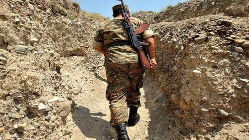 Азербайджанские военные открыли огонь по армянским солдатам, есть погибший