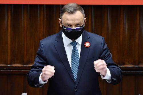 Президент Польши во время выступления в Грузии резко высказался о России: «ненормальная страна»