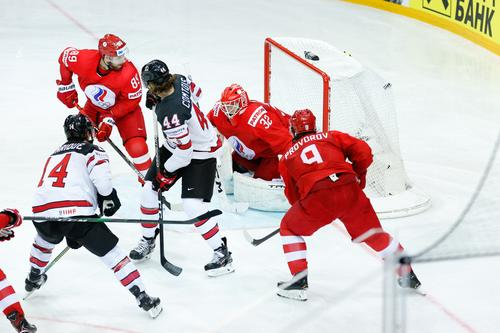 Россия второй раз подряд проиграла в овертайме четвертьфинала ЧМ с Канадой