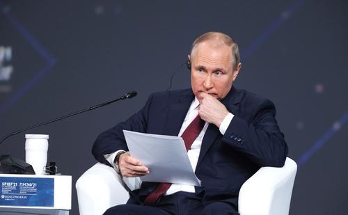 Владимир Путин поведал о деловых отношениях с Ангелой Меркель