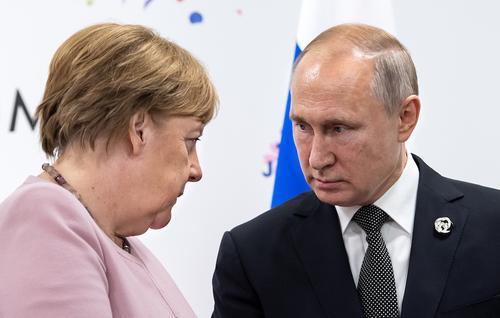 Путин заявил, что будет скучать по Меркель как по коллеге