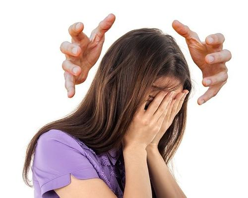 Врач Зайцев назвал серьезные последствия головной боли