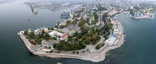 В Крыму отреагировали на информацию о протечке дамбы: «Даже природа против них: все рушится»