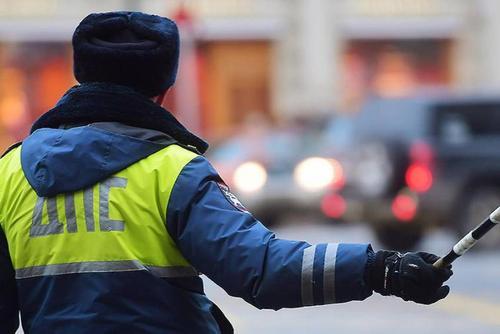Напавших на сотрудника ДПС в Новосибирске обвиняют в серии преступлений