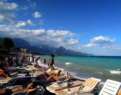 Министр культуры и туризма Турции Нури Эрсой рассказал о ходе переговоров по поводу восстановления авиасообщения с Россией