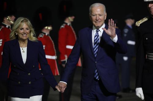 Байден на встрече с Борисом Джонсоном сказал, что «не хочет возвращаться» в США из Великобритании