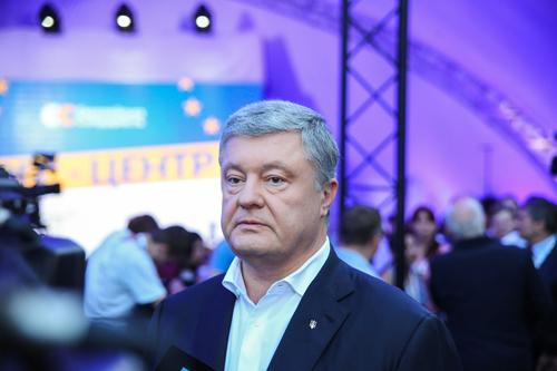 Порошенко предложил действующей власти Украины найти альтернативу Минским соглашениям, а не критиковать или переписывать их