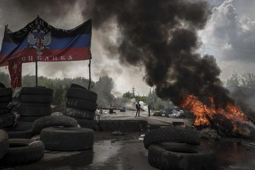 Центр Разумкова: половина опрошенных жителей Украины надеется, что ДНР и ЛНР вернутся в состав государства