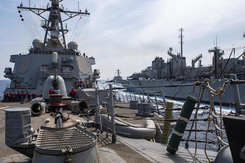 Эсминец ВМС США «Лабун» отправился в Черное море