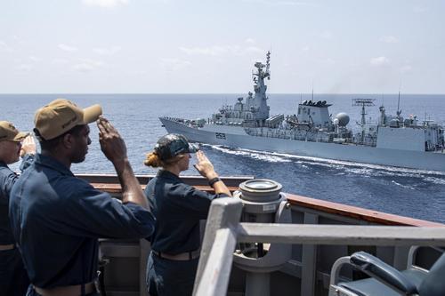 В Черное море вошел американский эсминец Laboon, вооруженный 90 ракетами Tomahawk