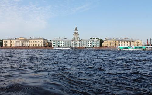 Губернатор Санкт-Петербурга: в городе введут новые ограничения, соответствующие реальной эпидситуации