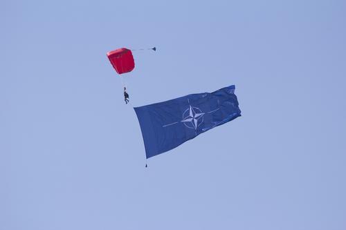 Cтраны-члены НАТО на саммите в Брюсселе договорились увеличивать военные расходы
