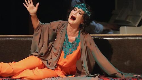 Почему Бузова - закономерное явление нашего театра. Психоанализ деструктивного российского артистизма