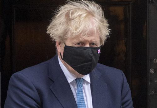 Джонсон выразил уверенность в том, что Байден донесет до Путина «жесткие» послания