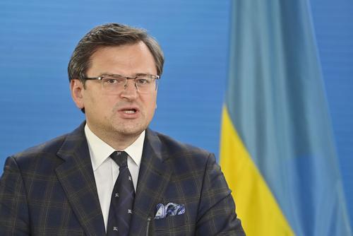 Кулеба считает, что риска принятия решений по Украине на встрече Байдена и Путина нет