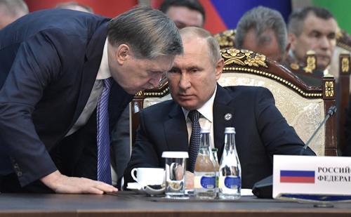 Помощник президента РФ Ушаков:  Если не договоренности, то понимание между Путиным и Байденом на встрече в Женеве будет достигнуто