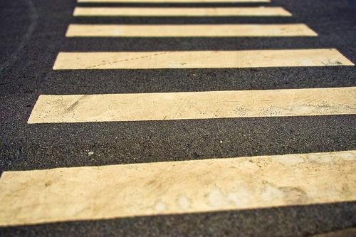 В Химках автобус насмерть сбил на пешеходном переходе девочку на самокате