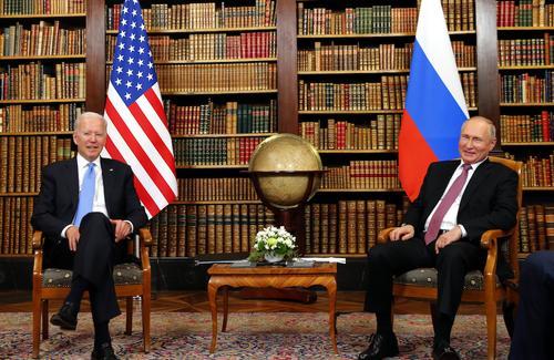 Стартовали переговоры Путина и Байдена в расширенном составе