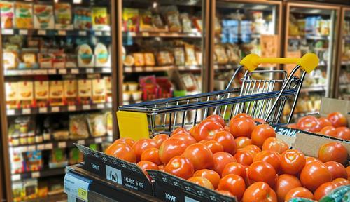 В России, при низком уровне доходов населения, многие продукты стоят дороже, чем в Европе