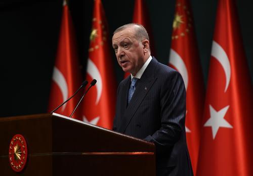 Эрдоган приветствовал решение России возобновить авиасообщение с Турцией