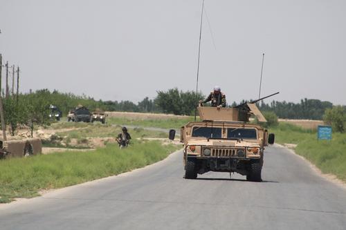 Появилось видео с места блокировки российскими военными патруля США в Сирии