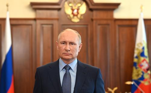 Путин поздравил российских медиков с профессиональным праздником