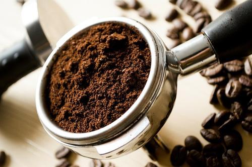 Специалист по снижению веса Исанбаев предупредил о вредном сочетании кофе с десертом