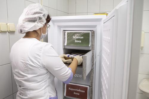Главный внештатный терапевт РФ Драпкина объяснила, как получить справку о противопоказаниях к вакцинации