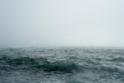 Читатель Le Figaro об инциденте с эсминцем Defender: «В следующий раз топите судно без предупреждения»