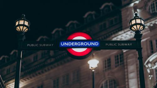 На юго-востоке Лондона у ж/д станции прогремел взрыв