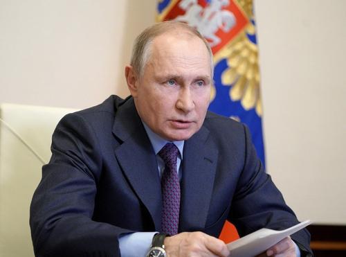 Песков сообщил, что «Прямую линию» с Путиным не отменили из-за появления технологичных приемов