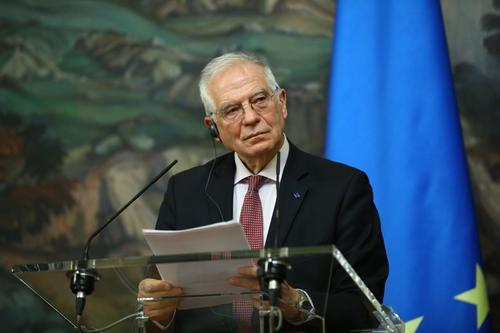 Боррель призвал Евросоюз более творчески поддерживать правозащитников и гражданское общество в России