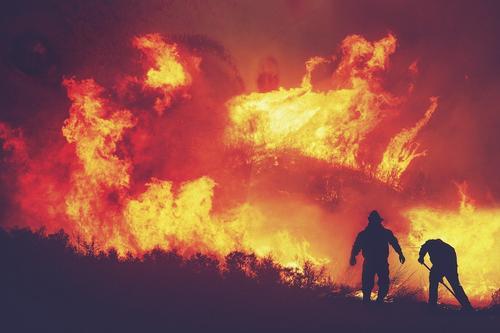 Губернатор Забайкальского края  поручил найти средства на повышение зарплаты пожарным после жалобы Путину