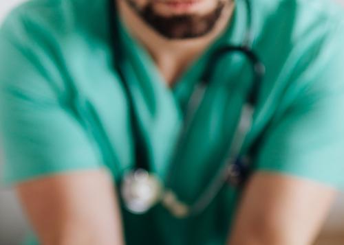 Иммунолог Хаитов заявил, что аллергики реже болеют коронавирусом