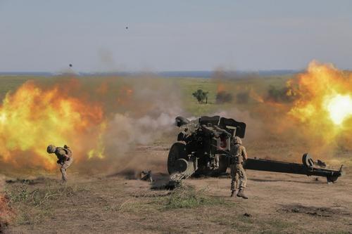 Замминистра ДНР Безсонов: Россия вмешается в случае масштабного наступления Украины на республики Донбасса