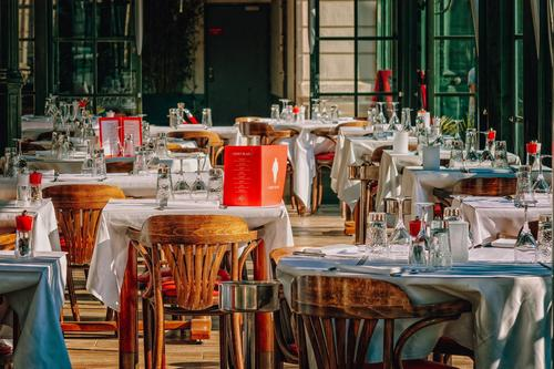 В Москве отменена система обязательных QR-кодов для ресторанов и кафе