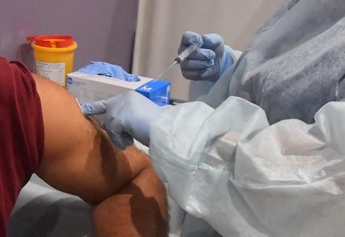 В Китае сделали более 1,43 миллиарда прививок против COVID-19