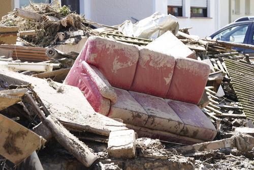 Власти Германии не рассчитывают найти в зоне наводнения выживших