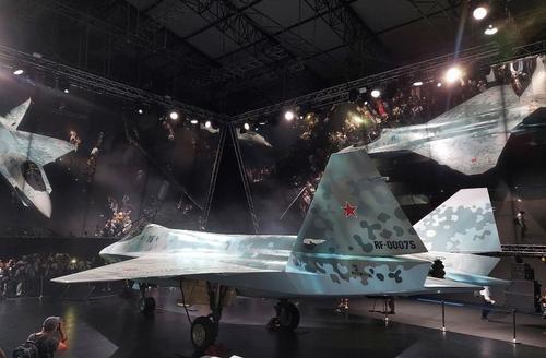 За 40 лет - со времен первого полета Ту-160 - создана вторая новая авиационная платформа