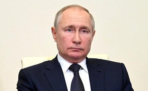 Путин вновь выразил Меркель соболезнования в связи с наводнениями на западе Германии